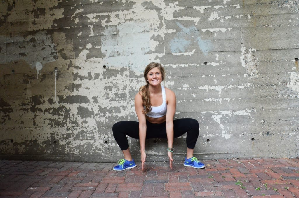 5 minute holiday hustle total body workout sumo squat and reach