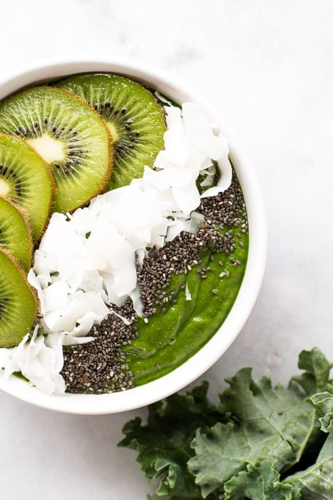 Low Sugar Green Smoothie Bowl from www.honestlynourished.com