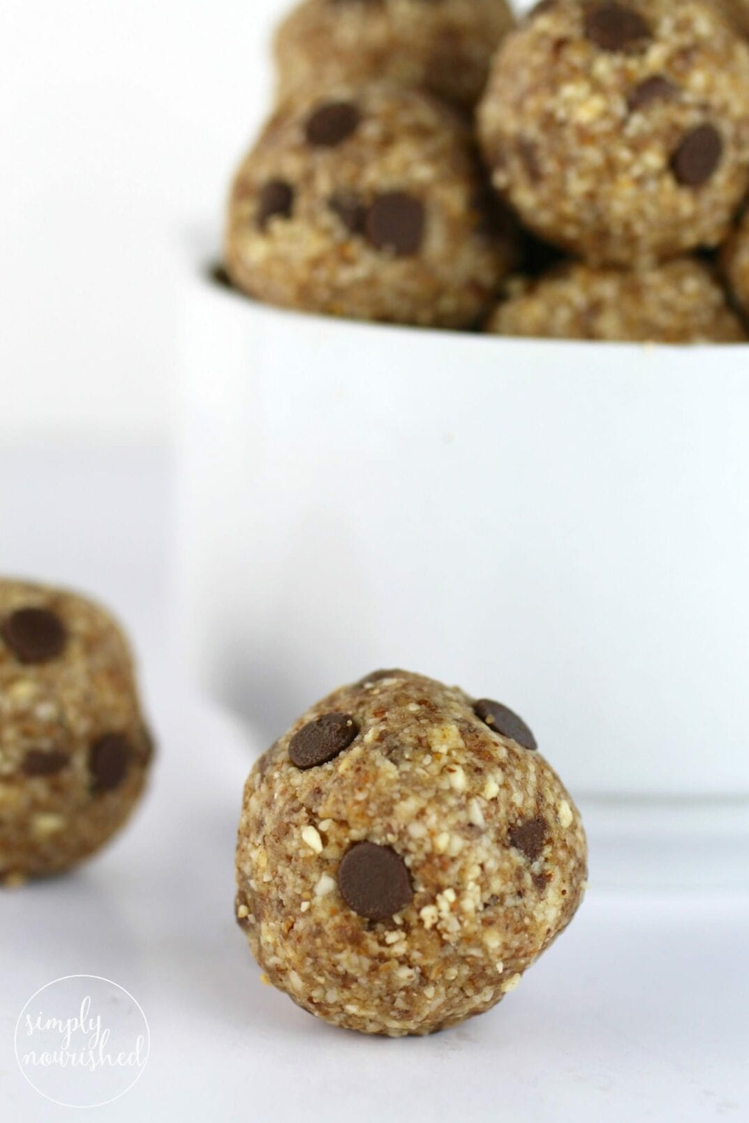 4-Ingredient Almond Butter Bites