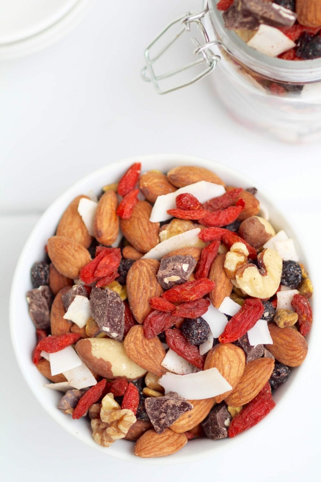 healthy superfood trail mix