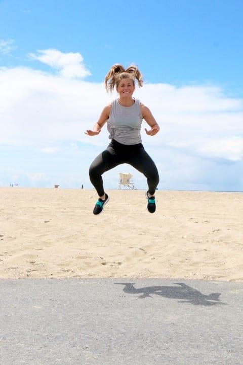 plank + plyo bodyweight workout | www.nourishmovelove.com
