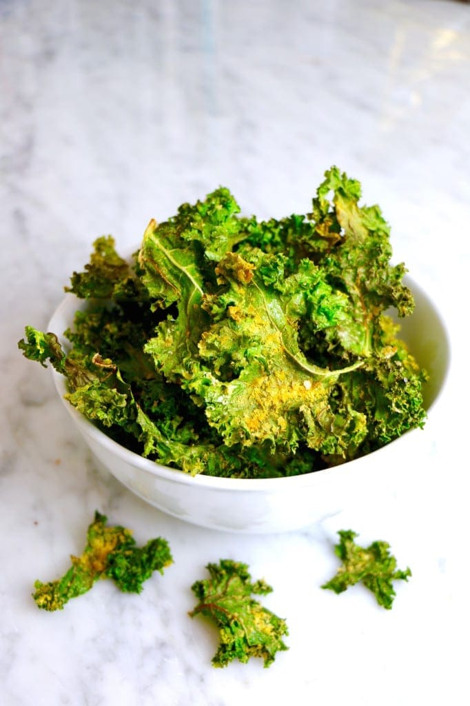 Easy Vegan Kale Chips