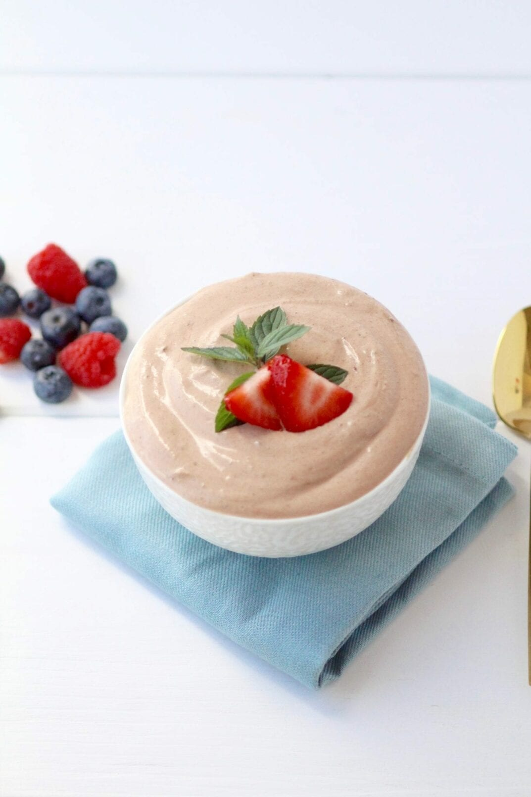 4-ingredient chocolate mousse