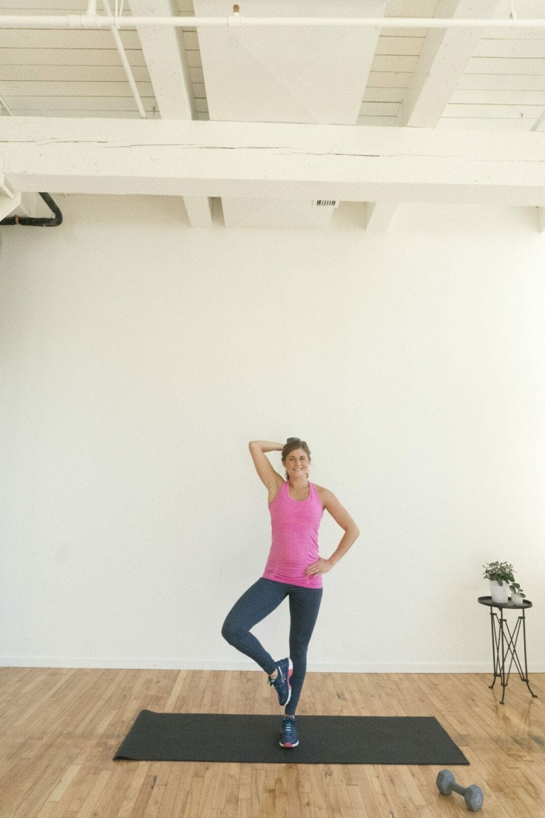 arms + abs dumbbell burnout: 8 exercises to tone up
