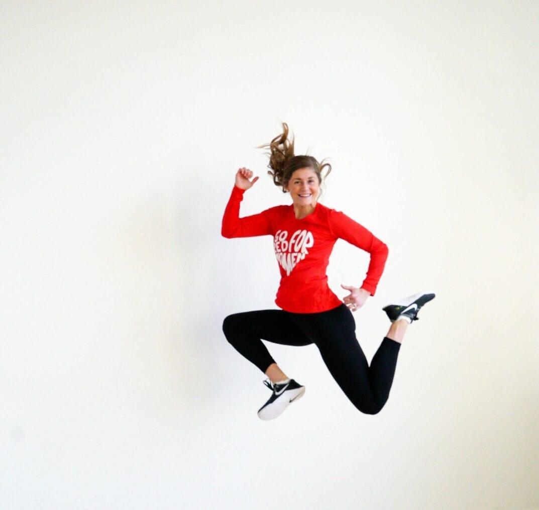 20 Minute Double Kettlebell Workout: 20-Minute Kettlebell Cardio AMRAP Workout