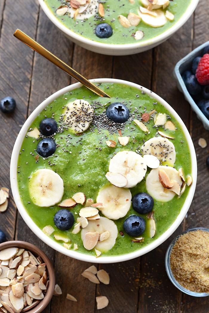 Green Smoothie Bowl | 15 Low Sugar Smoothie recipes | www.nourishmovelove.com