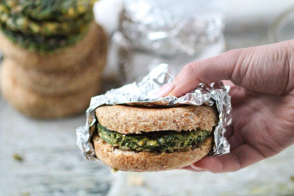 Spinach, Kale and Egg Breakfast Sandwich