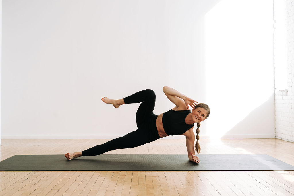 Side plank crunch, advanced ab exercise